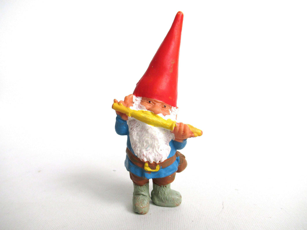 UpperDutch:Gnome,1 (ONE) David the Gnome figurine after a design by Rien Poortvliet, Collectible pocket gnome plays on flute,mini garden gnome. BRB / Startoys