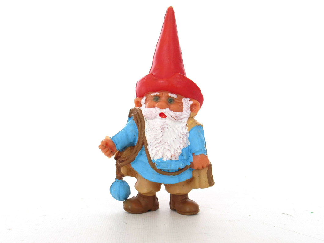 UpperDutch:,1 (ONE) Falconer David the Gnome figurine after a design by Rien Poortvliet. Medieval, Middle ages BRB / Startoys. david el gnomo