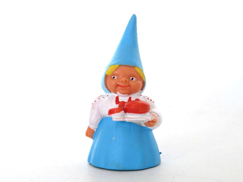 UpperDutch:Gnome,1 (ONE) Gnome figurine, Gnome after a design by Rien Poortvliet, Brb Gnome, Lisa the Gnome. Serving tea. Tea gift.