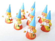 UpperDutch:,1 (ONE) Gnome with flowers figurine in orange dress, Gnome after a design by Rien Poortvliet, Brb Gnome.
