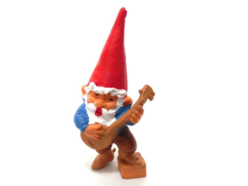 UpperDutch:Gnome,1 (ONE) Music Gnome figurine, Banjo playing gnome. After a design by Rien Poortvliet, Brb collectible pocket, miniature gnome.