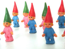 UpperDutch:,1 (ONE) set of 2 Baby Gnomes, Small gnome figurines, Toddlers, Babies, designed by Rien Poortvliet, Brb Gnome, David the Gnome.