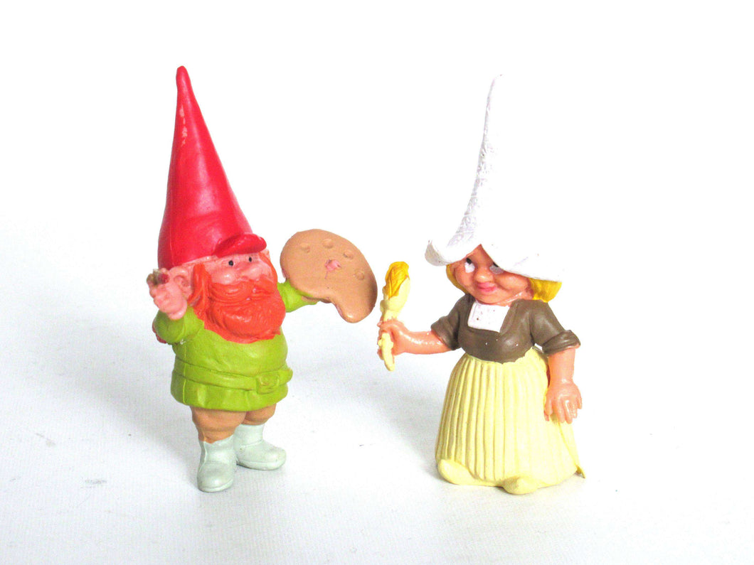 Female Gnome: 1 (ONE) Set Of 2 Gnome Figurines, Vincent Van Gogh And