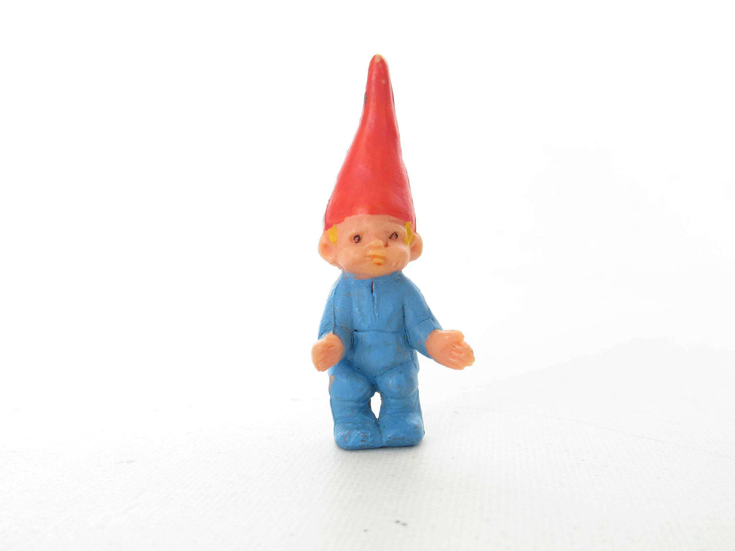 UpperDutch:,1 (ONE) Tiny toddler gnome figurine. Boy Gnome after a design by Rien Poortvliet, Brb Gnome, David el gnomo, Startoys.