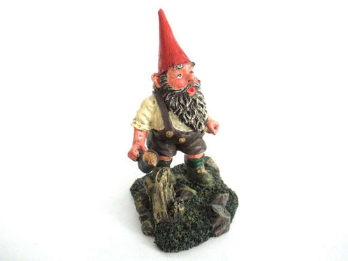 UpperDutch:Gnome,3055: 'Hansli' Gnome figurine after a design by Rien Poortvliet. Classic Gnomes