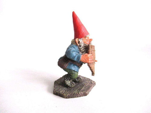 UpperDutch:Gnome,'Andreas' Gnome playing pan flute figurine after a design by Rien Poortvliet. Part of the Classic Gnomes series designed by Rien Poortvliet