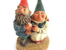 UpperDutch:Gnome,Classic Gnomes 'Looking to the Moon' Gnome figurine after a design by Rien Poortvliet.