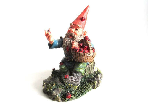 UpperDutch:Gnome,Classic gnomes 'Lucky' after a design by Rien Poortvliet Gnome with ladybugs.