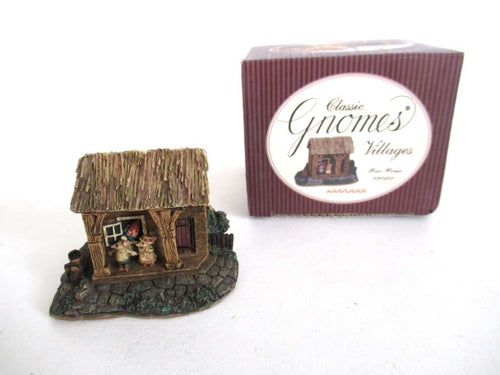 UpperDutch:Gnome,Classic Gnomes 'Mice House' Gnome figurine after a design by Rien Poortvliet.