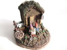 UpperDutch:,Classic Gnomes Villages 'Gnome Sweet Home' Gnome figurine after a design by Rien Poortvliet.