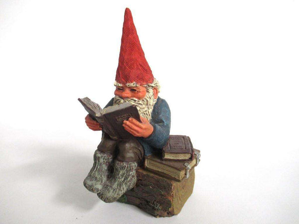UpperDutch:Gnome,'Gideon' Reading Gnome figurine. Classic gnomes series 1993 Designed by Rien Poortvliet.