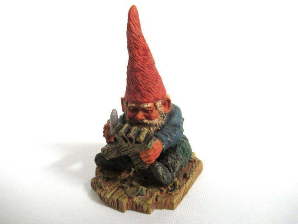 UpperDutch:Gnome,Gnome figurine, Albert, Klaus Wickl 1995, Enesco, Rien Poortvliet, Miniature collectible gnomes, woodcarving.