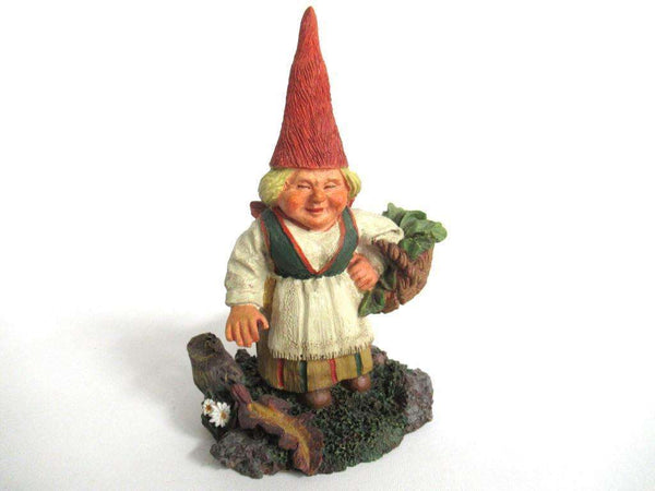 UpperDutch:Gnome,Gnome figurine 'Carola' Gnome with basket, designed by Rien Poortvliet, Classic Gnomes serie 2000