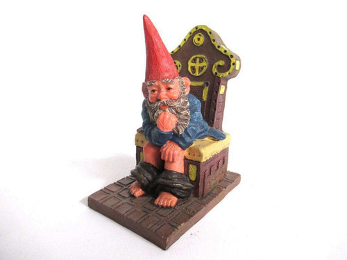 UpperDutch:Gnome,Gnome figurine 'Theodor' after a design by Rien Poortvliet. Gnome on the toilet. Dutch Classic Gnomes series. AAAAAAA International Co. Ltd.