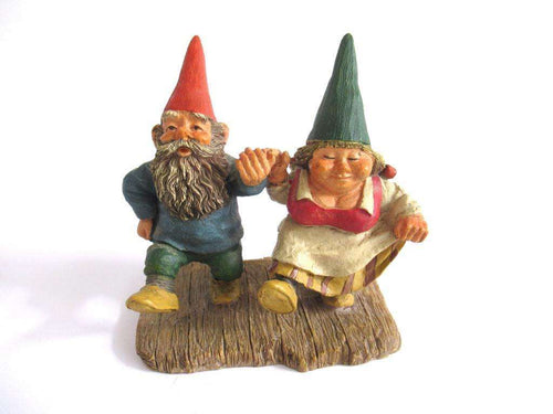 UpperDutch:Gnome,Gnome figurine 'What a Beautiful Day' after a design by Rien Poortvliet