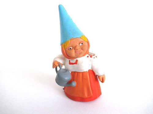 UpperDutch:Gnome,Gnome figurine with watering can, Gnome after a design by Rien Poortvliet, Brb Gnome, Lisa the Gnome. Watering plants.