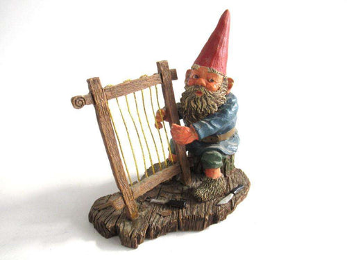 UpperDutch:Gnome,Gnome playing Harp, Classic Gnomes 'Cornelius' figurine after a design by Rien Poortvliet.