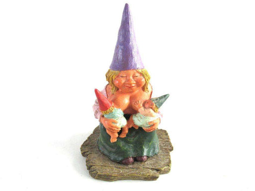 UpperDutch:Gnome,New born, Breastfeeding Gnome figurine, Rien Poortvliet 'Catherine with baby's '. Twin gift