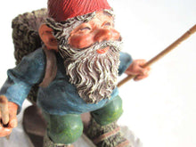 UpperDutch:,'Paul on Skites' Skiing Gnome figurine. Part of the 2001 Classic Gnomes series designed by Rien Poortvliet