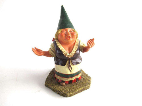 UpperDutch:Gnome,Singing gnome'Barbara'  after a design by Rien Poortvliet. Part of the Classic Gnomes series designed by Rien Poortvliet