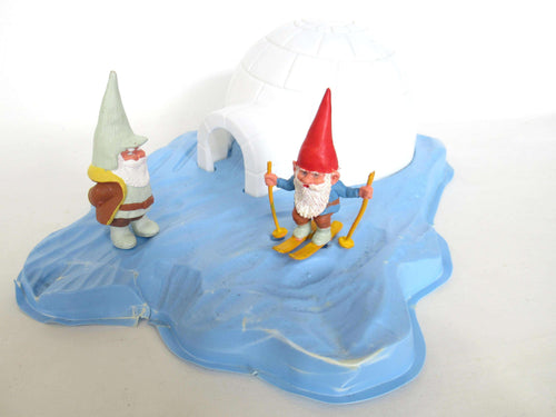 UpperDutch:Gnome,Startoys, 'The wisdom of the gnome'. No box. David el Gnomo gnome Igloo. Rien Poortvliet, BRB. 'La llamada de los gnomos'.