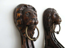 UpperDutch:,Antique Set of 2 Wooden Corbels, Carved Wood, Lion Head, Furniture, Ornament, restoration.