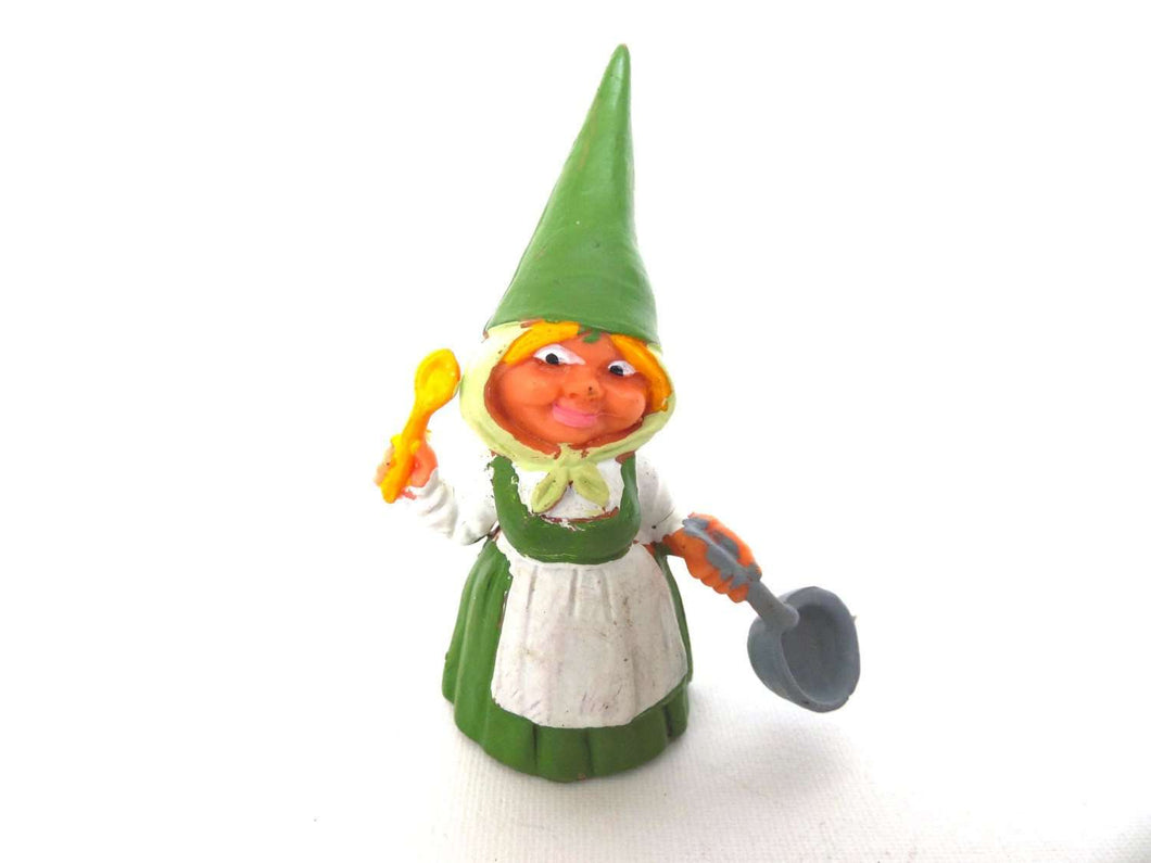 UpperDutch:Gnomes,1 (ONE) Gnome figurine, Gnome after a design by Rien Poortvliet, Brb Gnome cooking, Lisa the Gnome.