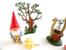 UpperDutch:Gnomes,A Lovely Gnome scene, Gnome Decoration, Startoys, Rien Poortvliet, BRB collectibles, David el gnomo.