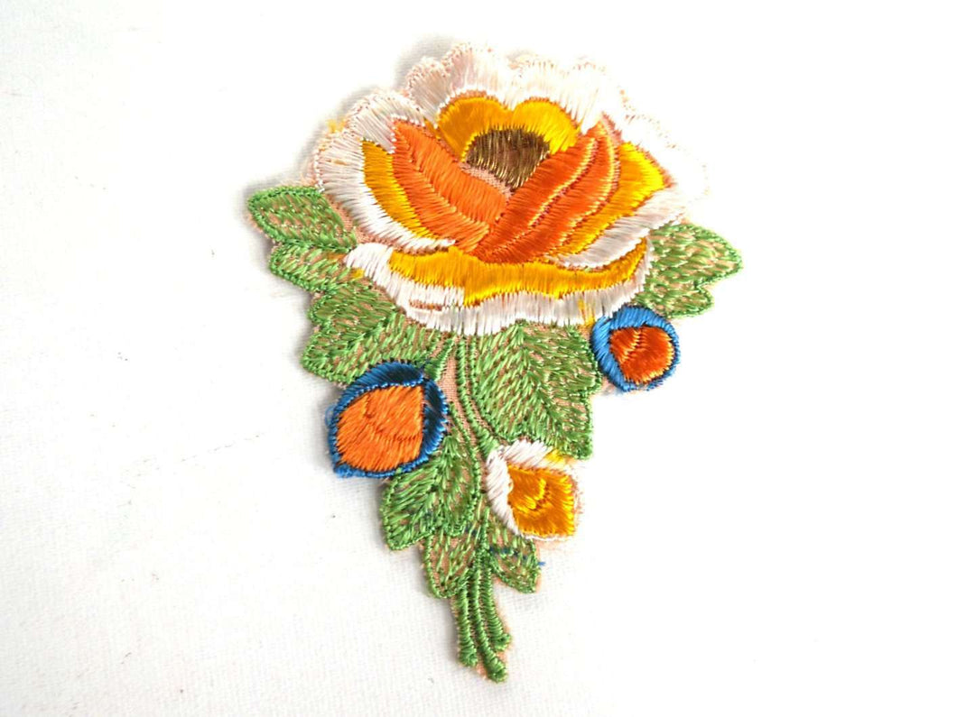 UpperDutch:Sewing Supplies,Flower applique, 1930s vintage embroidered applique. Vintage floral patch, sewing supply, Antique Applique.