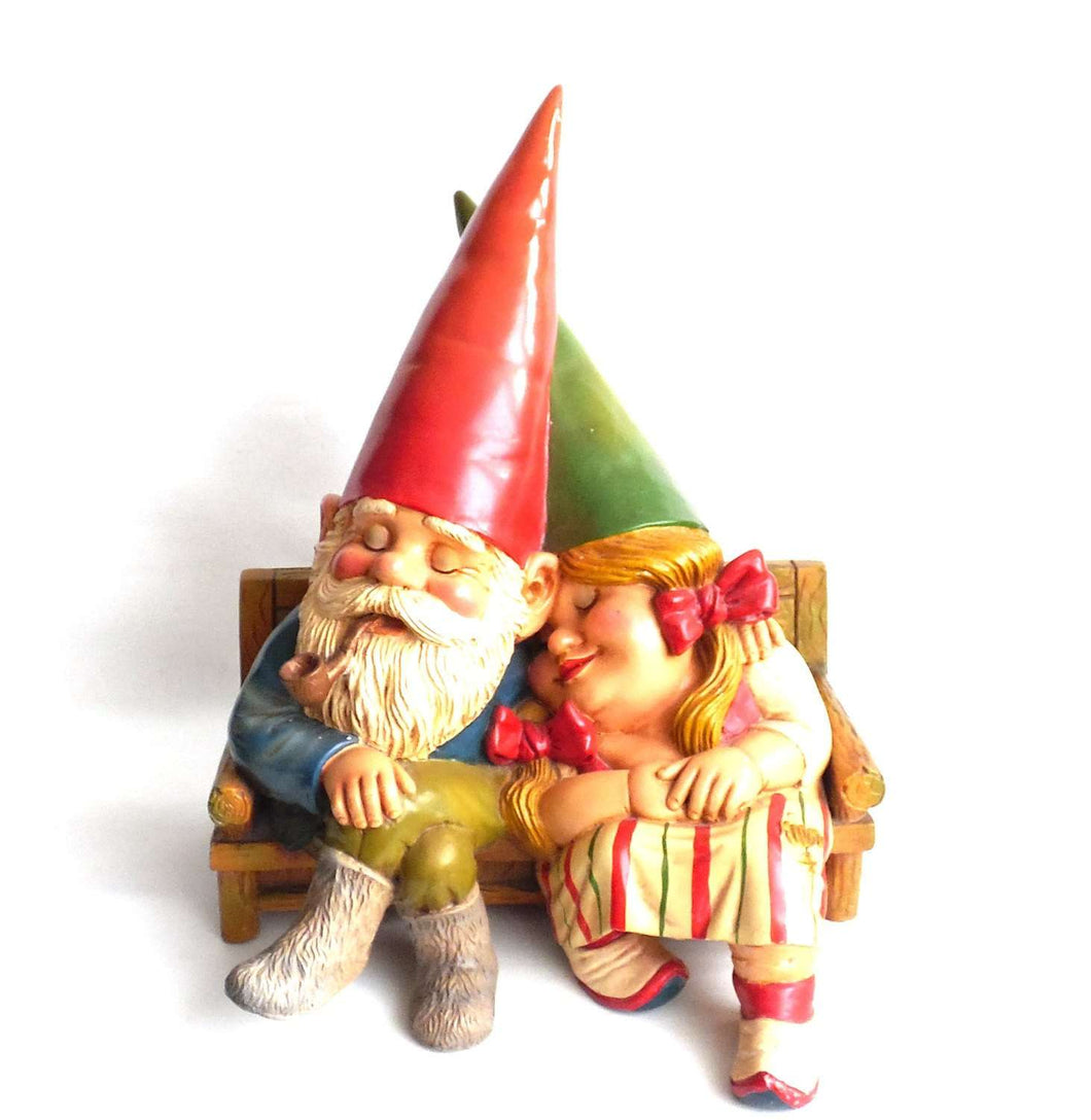 UpperDutch:Gnomes,20 INCH Large Gnome Couple on a Couch, Gnome figurine, Rien Poortvliet gnome. Gnome couple.