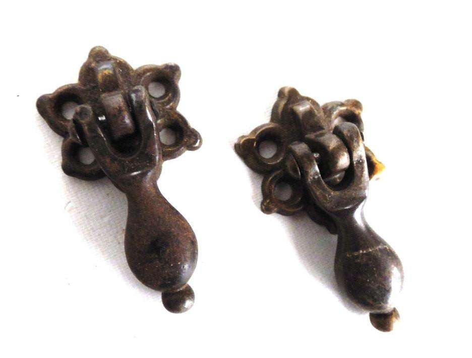 UpperDutch:Hooks and Hardware,Drawer handles, Set of 2 Antique Hanging Drawer Pulls, Metal Cabinet knobs, Small Handles, drawer drop pull.
