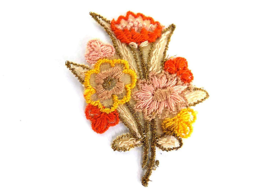 UpperDutch:Sewing Supplies,Applique, Flower applique, 1930s vintage embroidered applique. Vintage floral patch, sewing supply.