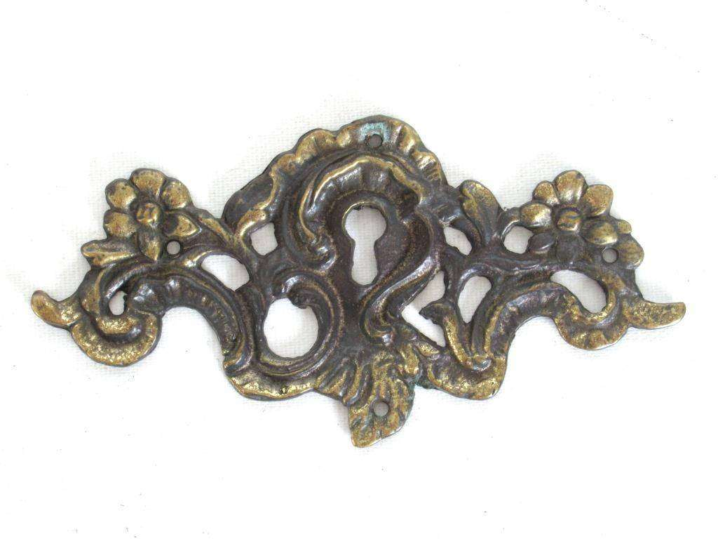 UpperDutch:,Keyhole frame Escutcheon, Antique Brass Key hole cover, plate, floral. Victorian, art nouveau furniture hardware. Jugendstil