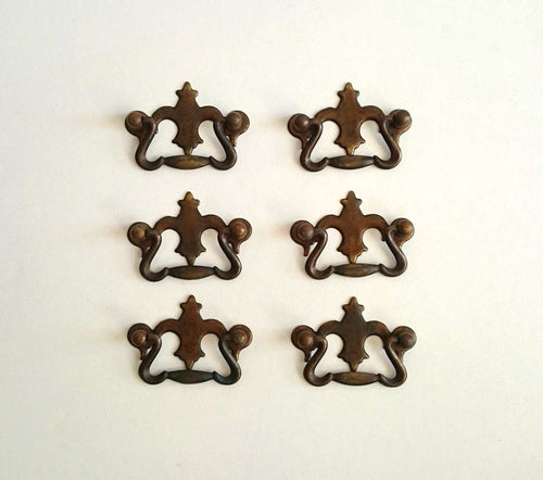 UpperDutch:Hooks and Hardware,ONE Antique Brass Drawer Handles / VintageHanging Drawer Drop Pulls