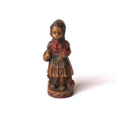 UpperDutch:Home and Decor,Little Red Riding Hood Figurine. Antique collectible Little Red Riding Hood Figurine