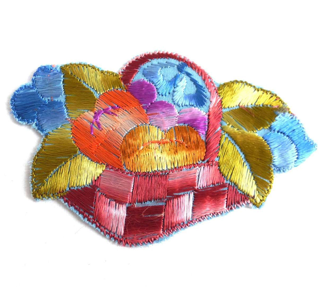 UpperDutch:Sewing Supplies,Applique, Fruit, fruit basket applique, 1930s vintage embroidered applique. Vintage patch, sewing supply.
