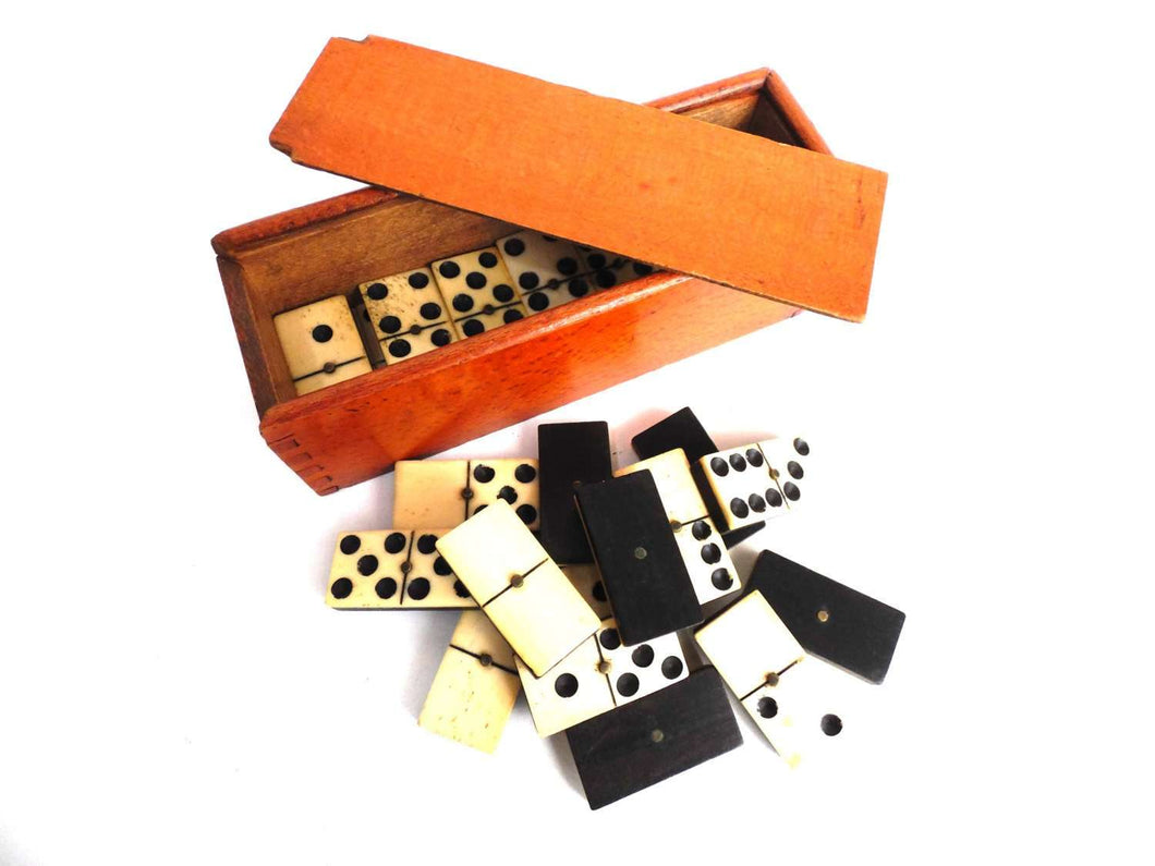 UpperDutch:Home and Decor,Antique Domino Set - Complete Set of 28 pieces Antique European dominoes. Ebony and Bone. Antique domino game.
