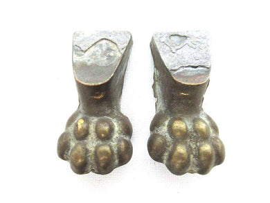 UpperDutch:Lion paw,Set 2 pcs Small Brass Lion Paws, Antique Solid Brass Claws / Feet.