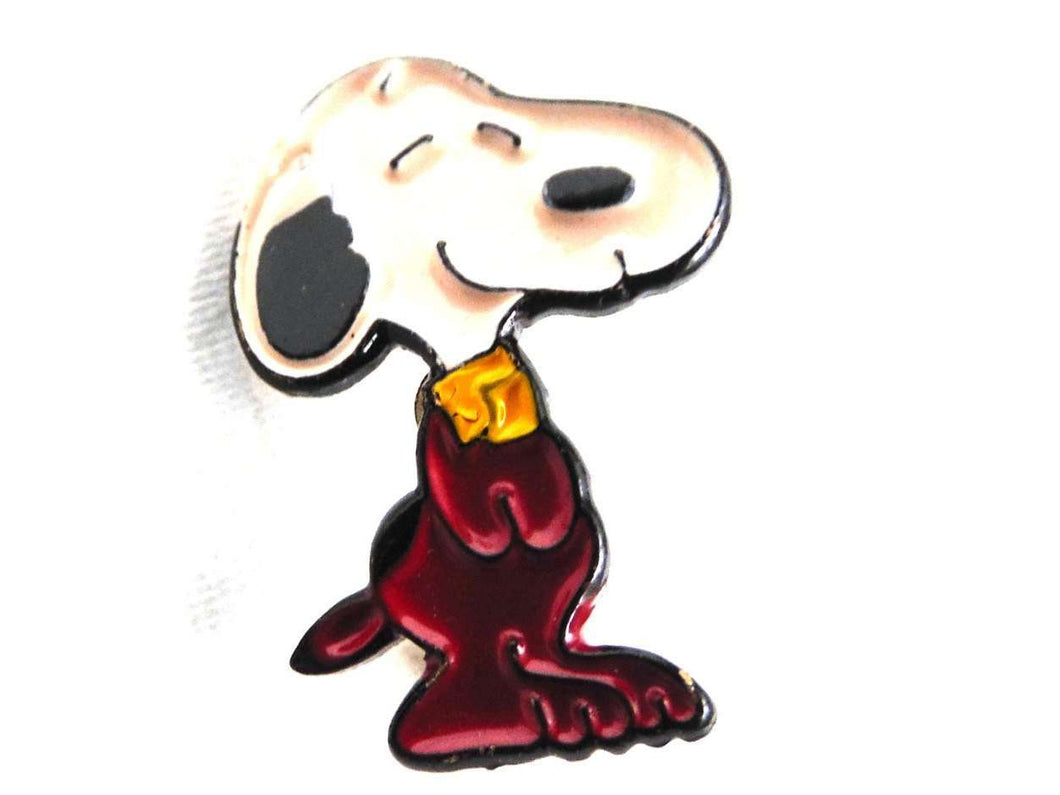 UpperDutch:Pin,A lovely vintage Snoopy pin. Peanuts - Snoopy. Collectible Snoopy pin.