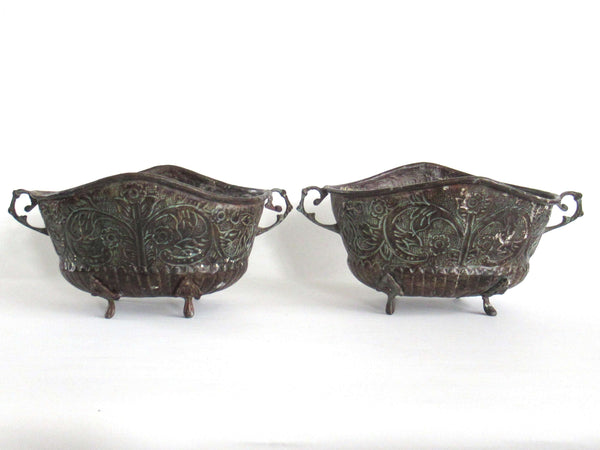 UpperDutch:Planter,Set of 2 Antique Copper Ornate planters, Copper Pot, flower pot.