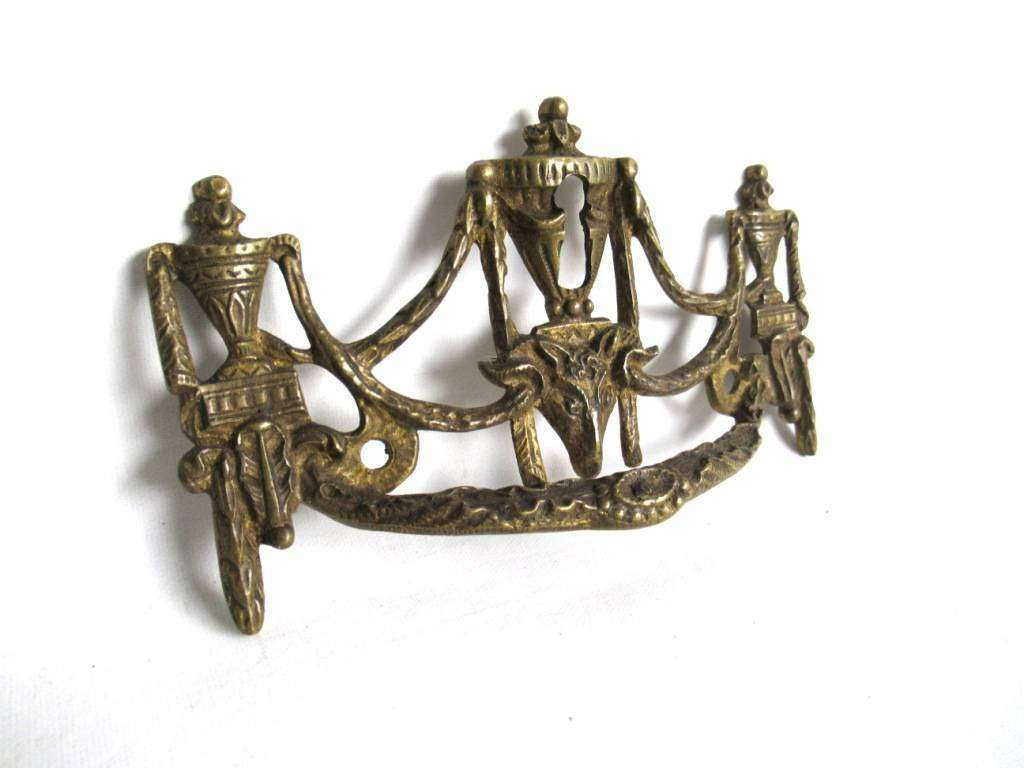 1 (ONE) Antique Solid brass Ornate Drawer Handle with Key hole ...