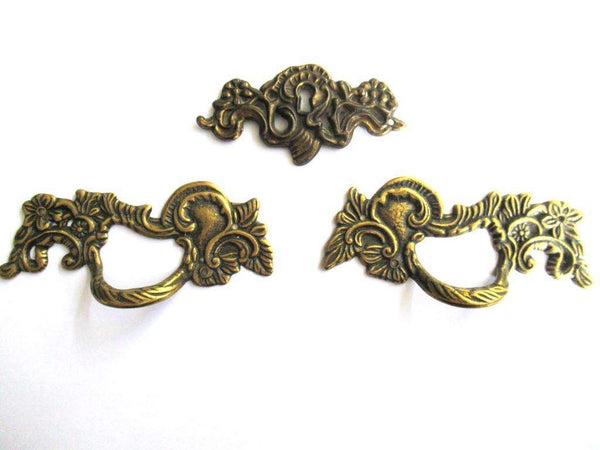 UpperDutch:Pull,****RESERVED**** Set of 2 Solid Brass Handles / Antique Ornate Flower Drawer Pull and 1 Keyhole Cover.