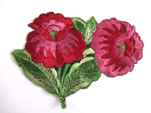 UpperDutch:Sewing Supplies,An Antique red pink Silk Flower Applique, Vintage Floral Patch, Embroidery Sewing Supply.