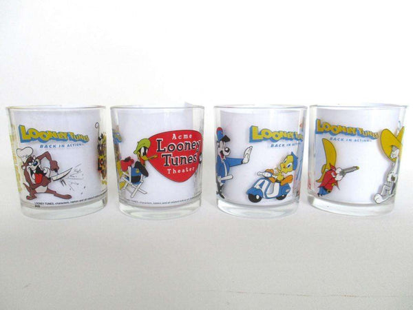 UpperDutch:,Looney Tunes Ferrero Nutella Drinking Glasses, Tasmanian Devil, Tweety, Daffy Duck, Bugs Bunny, Yosemite Sam, Pepe Le Pew