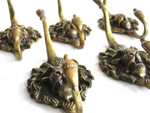 UpperDutch:,1 (ONE) Antique Solid Brass Lion Head Coat hook - Wall hook, Made in England.