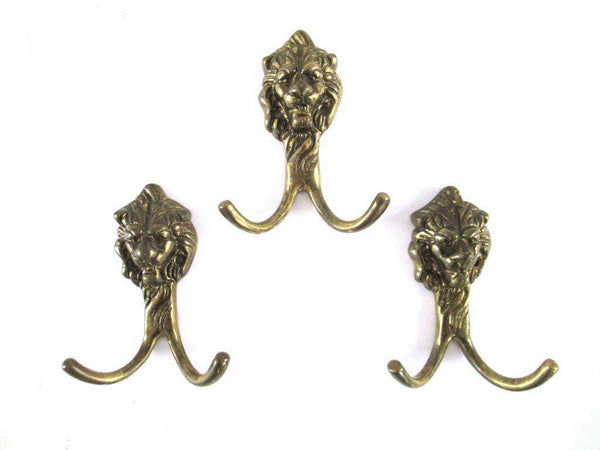 UpperDutch:Wall hook,Lion Wall hooks, Set of 3 Lion Head Coat hook, Wall hooks, Solid Brass.