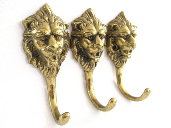 UpperDutch:Wall hook,Set 3 pcs Brass Lion Head Coat hook - Wall hooks, Solid Brass hooks, Kitchen / Towel hooks.