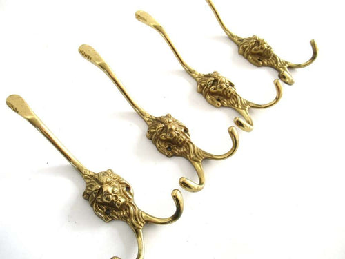 UpperDutch:Wall hook,Set of 4 Brass Lion Head Wall hooks, Coat hooks. Decorative animal storage solution, coat hangers. Ornate wall fixtures.