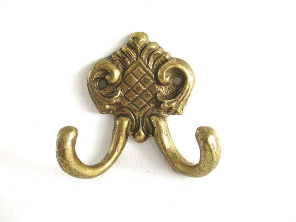 UpperDutch:Wall hook,Small Wall hook, Antique brass Coat hook, Towel hook, Kitchen hook, Solid brass.