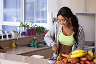 A Balanced diet for Women: Healthy Diet For Women's Weight Loss